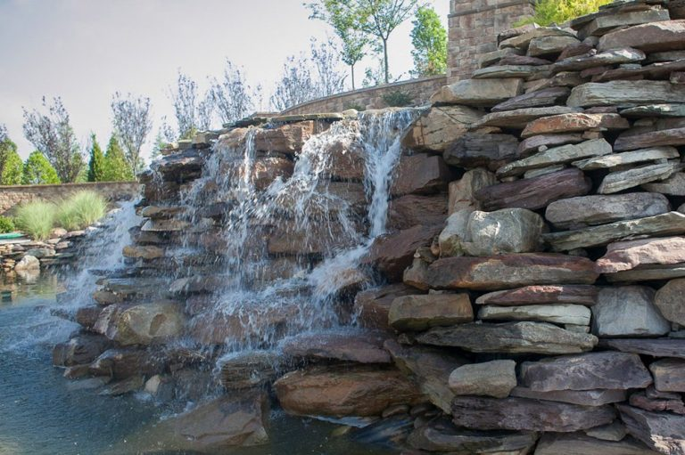 Hardscapes & Amenities